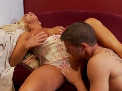 Blonde bitch sucking and getting licked