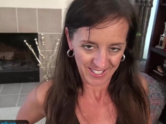 USAwives Rose Masturbating her pussy Using Toys
