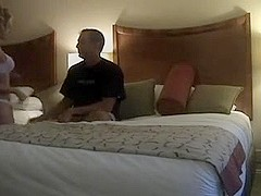 Amateur bitch fucking strangely a stranger in hotel