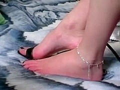 She knows with certainty how to give an amazing footjob