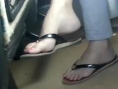 curvy arched feet