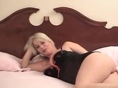 Fellows look at her love muffins and great pussy
