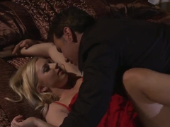 Lexi Belle gets pussy licked well by pretty man