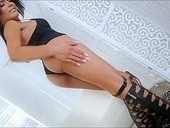 Smokin hot tranny Aubrey Starr amazing masturbation show