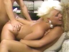 Amberella - Agent Of Lust