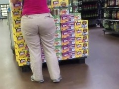 mature pawg with lovely butt