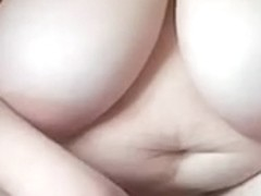 In my amateur chubby clip, I'm showing my goods