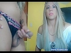 Jerking Off Tranny Webcam