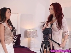Classy lez model licked by her photographer