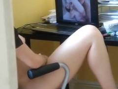 My girlfriend masturbates to hardcore clips