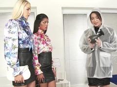 Amazing pornstars Vivien Bell and Akasha Cullen in incredible blowjob, brazilian adult clip