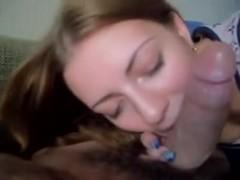 Gorgeous slut mouth services cock