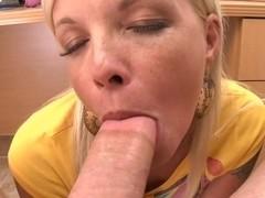 Orgasmic Milf