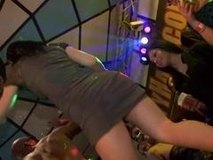 Non-stop pussy pleasuring