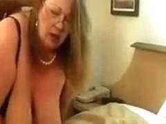 grand MILFma get,s her 1st bbc