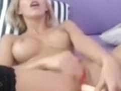 hot blonde camgirl