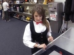 Card dealer pawns her twat and gets screwed in the backroom