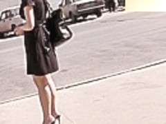 Fashionable mother i'd like to fuck upskirt footage