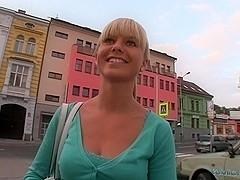 PublicAgent Video. Bella