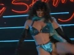 Sara Costa,Ashley St. Jon,Cheryl Song,Hilary Shepard in Weekend Pass (1984)