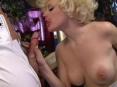 Elvis XXX: A Porn Parody, Scene 5