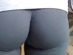 Leggings and Yoga Pants Voyuer
