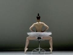 Naked on Stage-101 N1