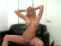 Hot stripper gets fucked