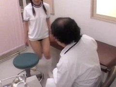 Voyeur video with horny gynecologist who examins a wet twat