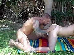 Younger gets raw fucked by older.
