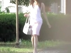 Casual walking turned into a skirt sharking pussy video