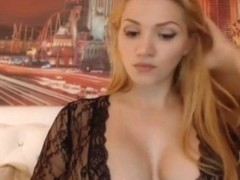Big Tits Babe Fucked Herself With Her Dildo And Vibrator