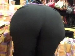 Blonde Big Booty BBW Tryin On Shoes!