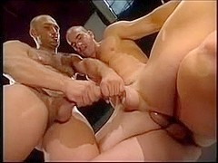 One gay hunks muscle man enjoys anal sex