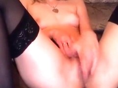 Little_miss and her boyfriend fucking on camera
