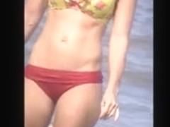 candid hot milf beach spy, tit slip, nice show