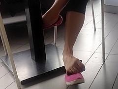 Shoeplay with nail polish