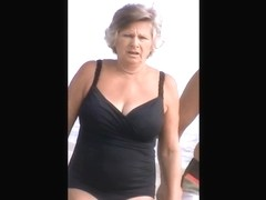 quick mature beach spy 14,, nice jiggly jugs