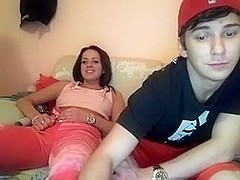 Kinky teenage webcam show with my bf