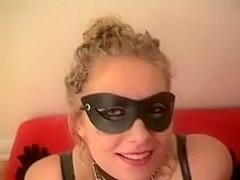 Sexy masked MILF deepthroat