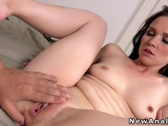 Petite girlfriend has anal in the morning