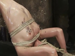 Amber Rayne Live Show Part 2 - Drawn and Quartered