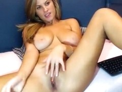 Bryanne gently rubs her pussy
