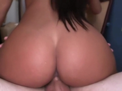 Amateur with hot body getting banged in the room