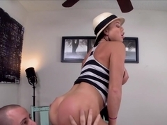 Big round booty gets fucked with Nikki Delano