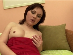 Nice babe relaxes with sex toy