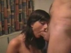 Oral sex for hot couple