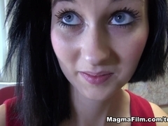 Mia in Looking For Work - MagmaFilm