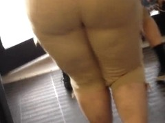 mom with a big chunky ass