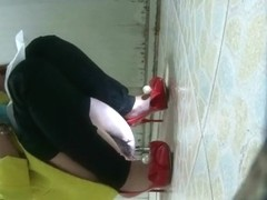 chinese girl go to toilet.30
